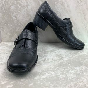 Clark's Black Leather Shoes with Buckle size 8